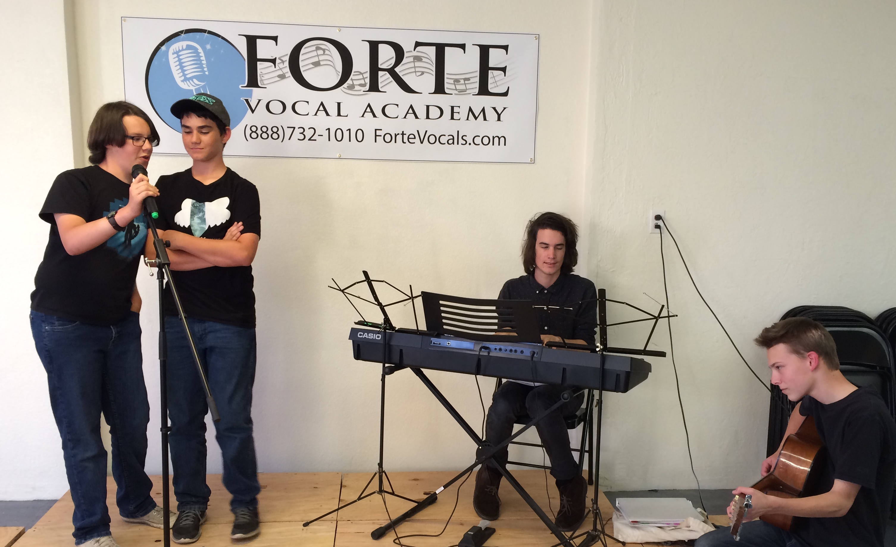 male vocal coach santa cruz