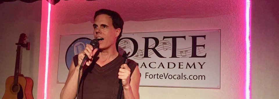 <strong>ADULT PRIVATE VOICE LESSONS</strong>